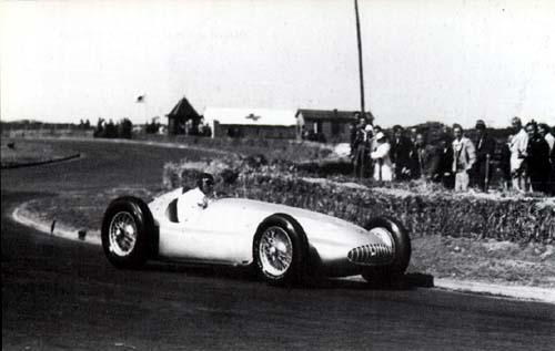 Zandvoort street circuit 1939 - Demo Manfred von Brauchitsch in his Mercedes Silver Arrow