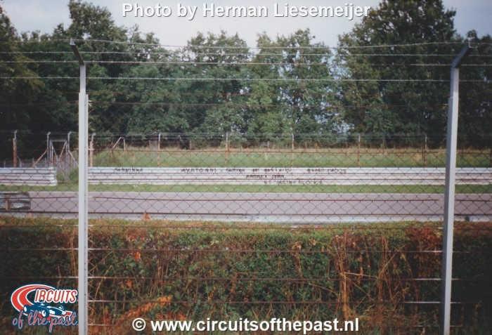 Autodromo Nazionale di Monza 1994 - Text about Senna on the crash barrier